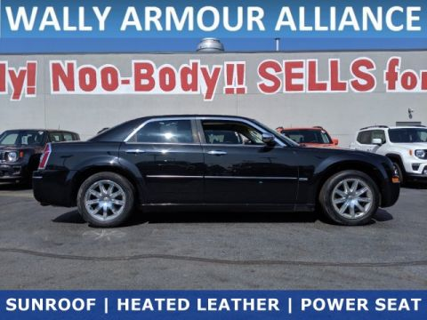 PRE-OWNED 2010 CHRYSLER 300 TOURING SIGNATURE RWD 4DR CAR